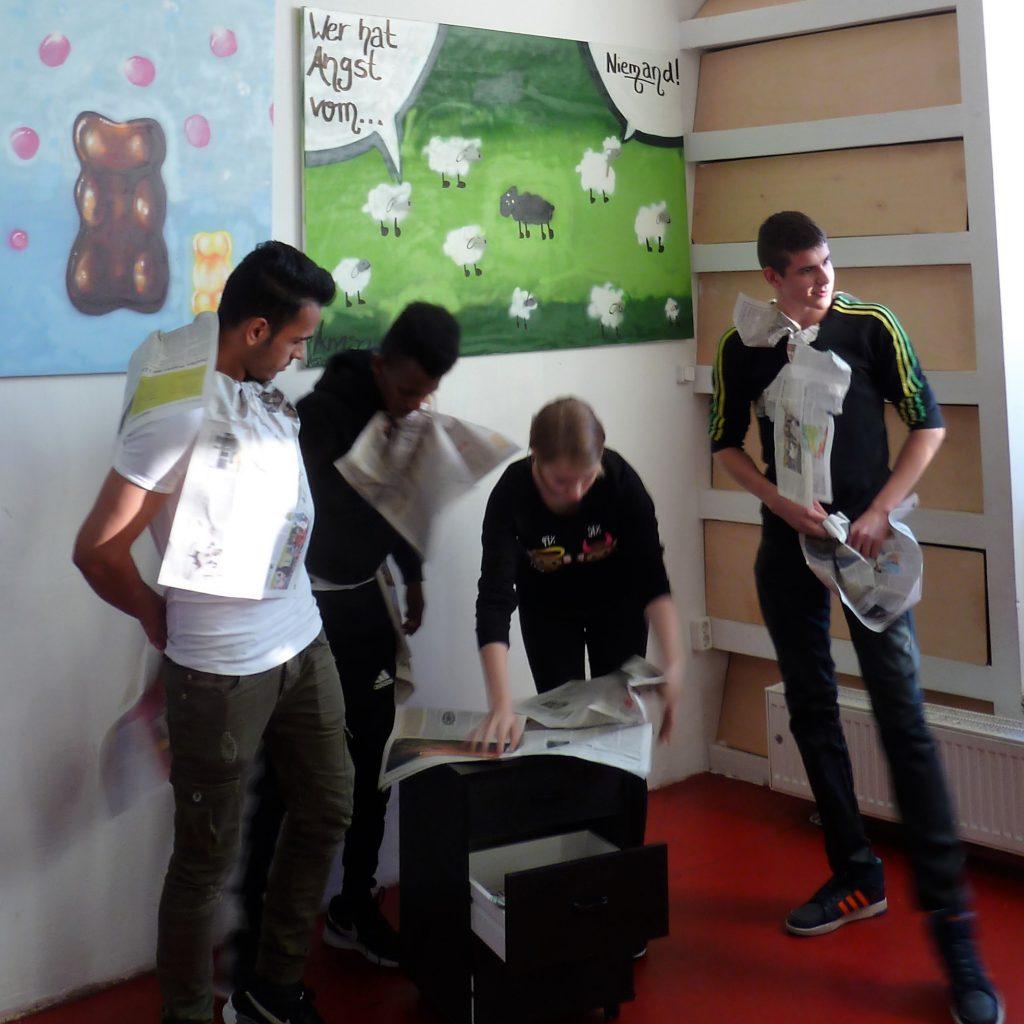 Kreativ gegen Vorurteile - Projektwoche der der Evangelischen Jugendsozialarbeit (EJSA) Bayern