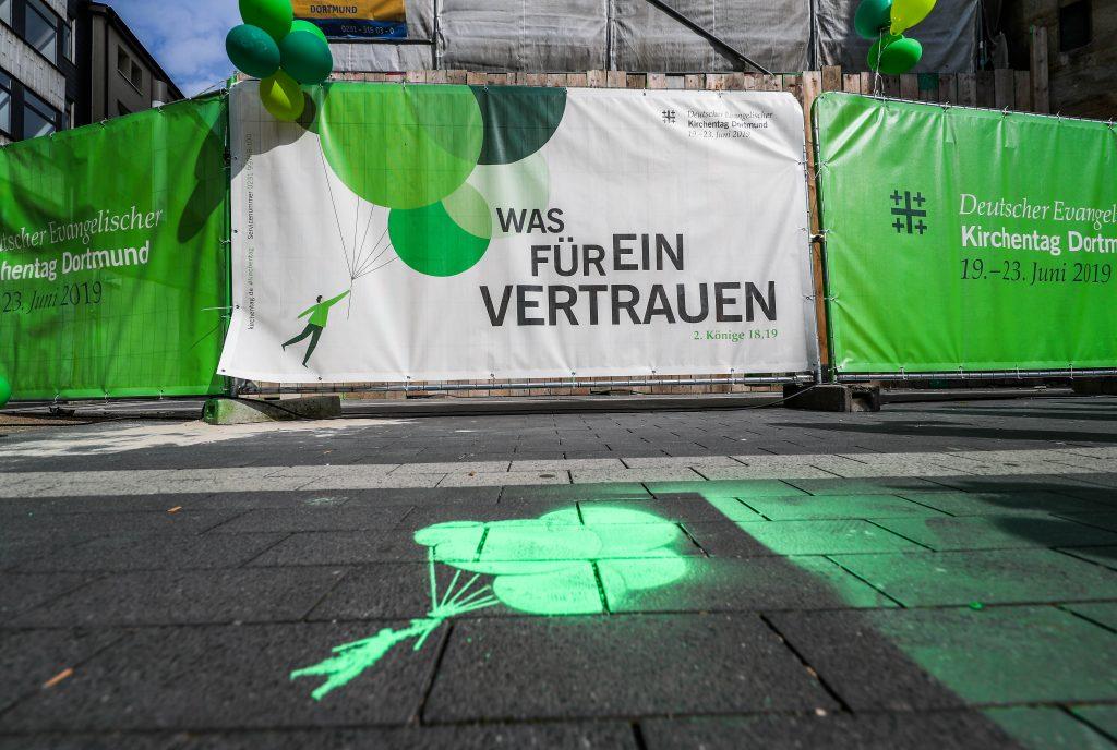 """Unter der Losung """"Was für ein Vertrauen"""" fand der 37. Deutsche Evangelische Kirchentag 2019 vom 19. - 23. Juni in Dortmund statt. Foto: © Stephan Schütze"""